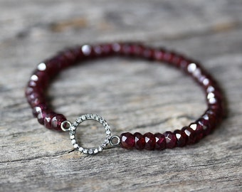 Garnet Diamond Pave Bracelet, Dainty Stacking Bracelet, Beaded Bracelet, January Birthstone Bracelet, Natural Gemstone Bracelet, Bohochic
