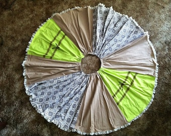 Vintage inspired Lime Green and Brown full circle skirt with lace and bows