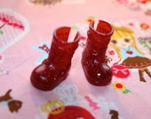 Middie Blythe Red with Red glitter buckle boots - doll shoes