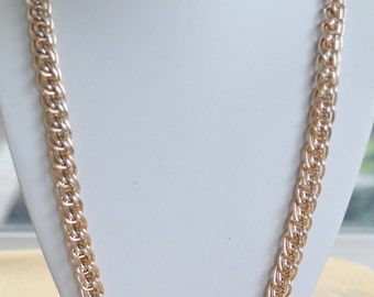 """Pretty Vintage Gold tone Chain Link Necklace, 38"""" (A9)"""