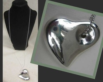 LOVE Italian Style-Sleek Puffed Sterling Silver Modernist Heart on Long Chain,Italy,Vintage Jewelry,Women