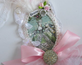 Marie Antoinette Gift Tag,  French Gift Tag, Mixed Media Art Tag,  Lace Tag, Wedding Gift Topper