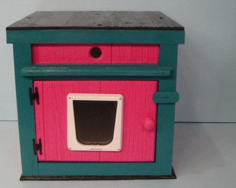 Large Outdoor Deluxe Insulated Cat House (Ships Next Bus. Day), bed, shelter, bed, condo