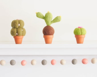 Cactus, Prickly Pear, Mistletoe, Baseball Cactus, Eo-Friendly Cactus, Terrarium, Felt Flowers, Felted Opuntia Potted Plant