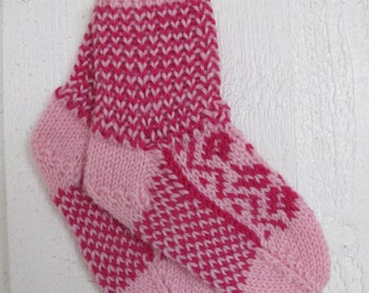 Handknitted norwegian socks in pink  for children