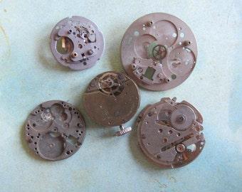 Vintage Antique Watch movements - Watch parts - Steampunk - Scrapbooking u58