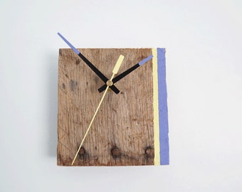 Pallet Wood Clock with Yellow and Blue