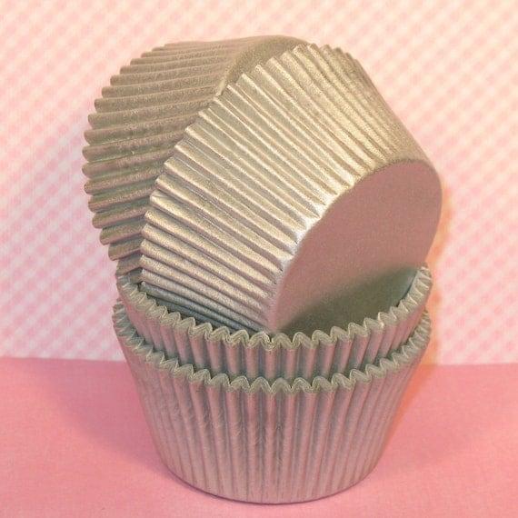 Silver Sheen Cupcake Liners  (40)