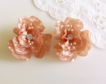 Exquisite Vintage Early Plastic Big Ruffled Retro Peachy Pink Flower Statement Earrings