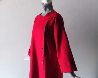 Cherry Red Geoffrey Beene Felted Wool Smock Coat - Spring Weight Double Breasted Style - Size 8 - 1980s Beene for Gallant - Mint Condition