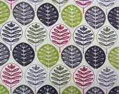 2611A - Leaves in White , Round Leaves Fabric, Plant Fabric