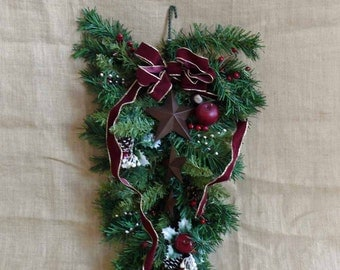 Rusty Stars and Ribbon Pine Swag Wall Hanging