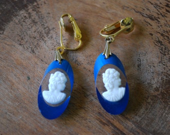 vintage cameo earrings - lucite - something blue
