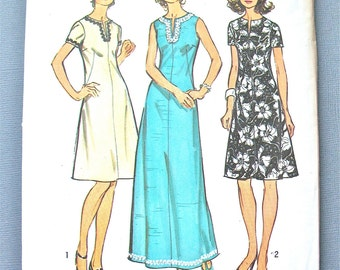 Uncut 1970s Simplicity 5475 Vintage Sewing Evening Dress  Midi Length Dress Pattern  back zipper  front slit opening round neckline Bust 37