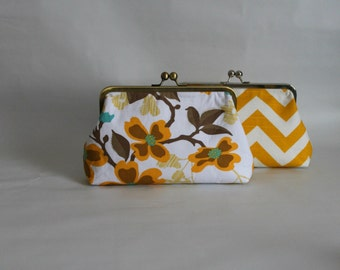 Bridal Clutch - Wedding Clutch - Bridesmaids Clutches - Bridesmaid Gifts - Yellow Chevron and Floral Bridal Clutch Set - Set of 4 Clutches