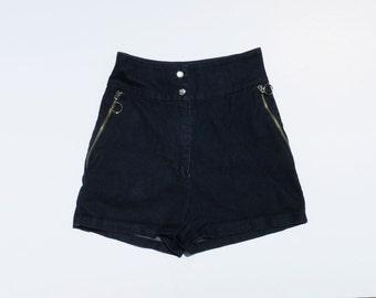 HEY SAILOR // dark denim highwaisted 90s does 50s hot shorts S / M / L