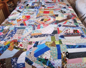 1940s  CRAZY quilt top,  unfinished patchwork, unfinished quilt, FOUNDATION pieced,  Boho decor, gypsy quilt, Colorful and fresh
