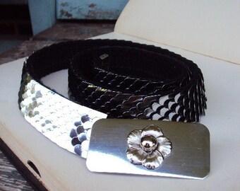 Vintage Skinny Belt Metal Flower Buckle Stretchy Antique Smokey Silver Snakeskin Style Mod 1960s 1970s