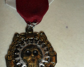 Steampunk 'Fortis' medal for Bravery.