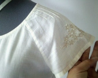 victorian look top, white blouse, embroidered top, victorian blouse, vintage blouse, beaded sleeves, prairie blouse