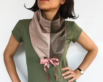 Leather Bib Scarf, Unisex Triangle Neckwarmer, 100% Genuine Leather Winter Cowl, Dusty Powder Pink, Warm Neckwear, Handmade