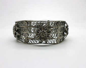 SALE Vintage 800 Silver Filigree Bangle Bracelet