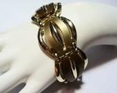 Vintage Chunky Thermoset Link Bracelet on Etsy by APURPLEPALM