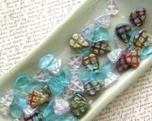Leaf Glass Bead Mix 60% off, qty 63
