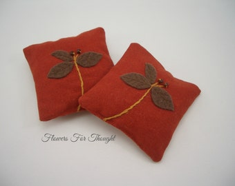 Lavender Sachets, Set of 2, Drawer and Closet freshener, Wedding favor, Hostess gift, Embroidered, Applique, FFT design, Made to order