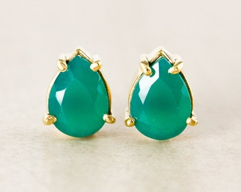 Green Onyx Teardrop Studs - Gold Plated
