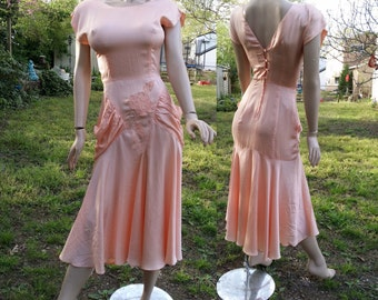 Vintage Dress, 80s Dress, Fit and Flare Dress, Peach Dress, Date Dress, 80s Cocktail Dress by Sterling Sliver in Satin Peach US Size 2