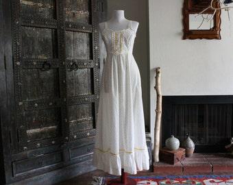 vintage 70s floral summer prairie dress