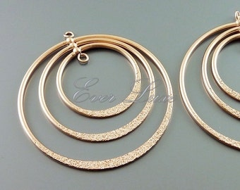 2 online craft shop GoldSwan | Large triple hoop rotating pendant 904-MRG-2