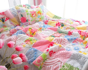 My Heart Belongs To Strawberry Shortcake Vintage Chenille Patchwork Quilt Set Twin Size With Pillow Sham Pink Princess Bedding