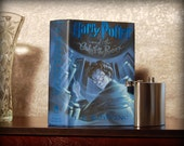 Hollow Book Safe & Flask (Harry Potter and the Order of the Phoenix)