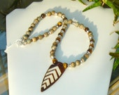 Mens Inlaid Bone Arrowhead Cats Eyes Beaded Silver Necklace