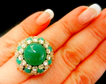 1950s alluring jade and rhinestones domed ring - solid 800 silver, lovely retro design and glamorous - Art.269 -