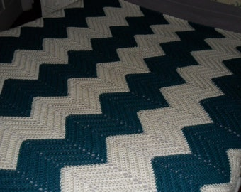 New(Ready to ship) Crochet Afghan - Blanket - Throw - Coverlet - Bedspread -  XLarge  ''CHEVRON RIPPLE'' in Teal and Ivory