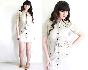Vintage Safari Dress / 1970s Khaki Safari Mini Dress