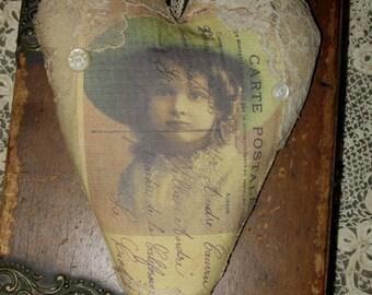Hanging Heart Vintage Lace Lavender Sachet  Sweet French Girl Postcard