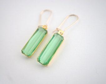 Mint Green Dangle Earrings, Sage Dangle Earrings, Light Green Dangle Earrings, Mint Drop Earrings, Bridesmaid Earrings, Mint Bridesmaid