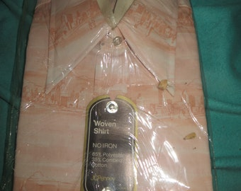 VINTAGE NEW in package mens ASIAN theme scenery  pink white short sleeve shirt sz 16