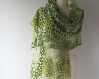 Felted scarf  lace shawl White Green scarf  Felt  lace stole women scarf by Galafilc