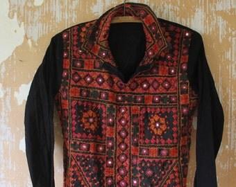 Vintage. 70s Black Indian Cotton Blouse Top // Hippie Top  // S to M