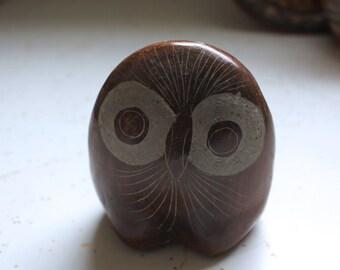 vintage. Artist One of a Kind Carved Owl // 1970s