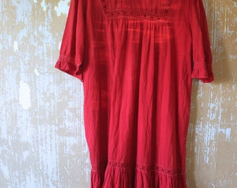 vintage.  Red Cotton Tent Dress  Embroidered 70s Hippie 1970s Bohemian Ethnic Festival // S to M