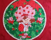 Vtg STRAWBERRY SHORTCAKE Quilted Circle Patch Placemat Home Decor Kids Room Decoration