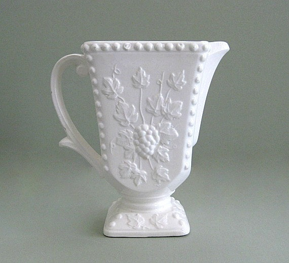 shabby chic white vase decor ceramic pitcher vase grape leaf. Black Bedroom Furniture Sets. Home Design Ideas