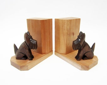French vintage wooden BOOKENDS⎮little DOG Scottish terrier Scottie⎮solid carved wood⎮shelf library fireplace retro decor⎮gift idea⎮set of 2