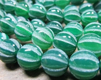 Agate Beads 10mm Shiny Kelly Green Hand Carved In Matte White Round Melon Beads - 8 Pieces